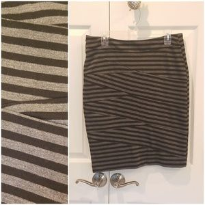Verve Ami Black and Gray Criss Cross Stripe Skirt